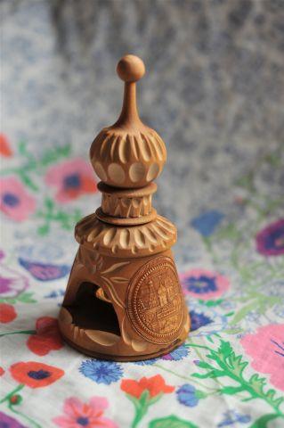 Деревянная часовня с колокольчиком, Россия