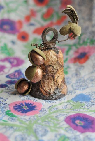 Колокольчик «Грецкие орехи» из кожи, автор Ирина Шавво, Москва